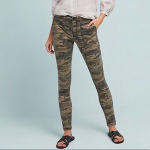 Sanctuary camo pant with zippered ankles